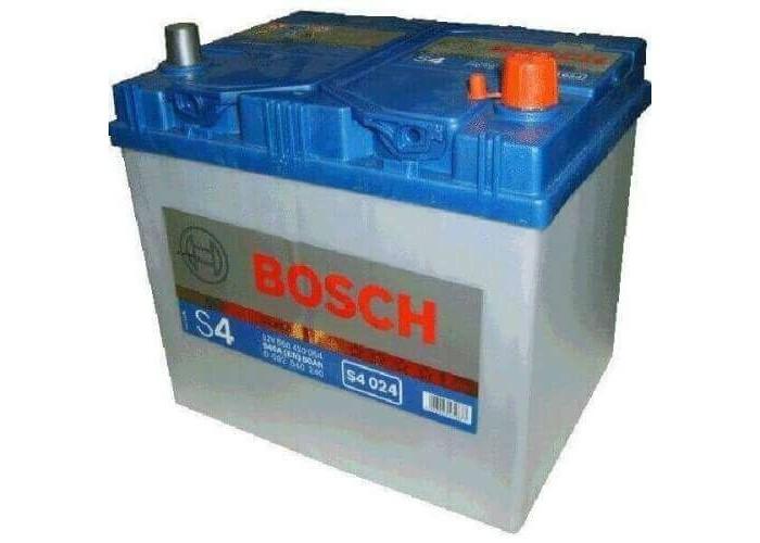 АКБ Bosch S4 024