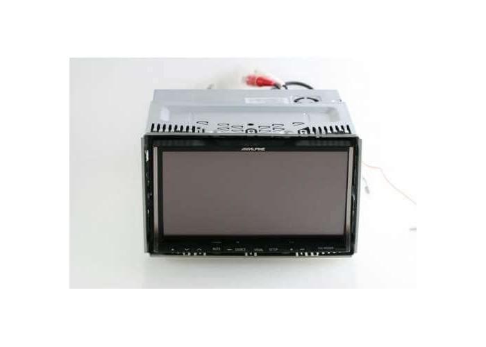 Мультимедийный центр ALPINE IVA-W520E
