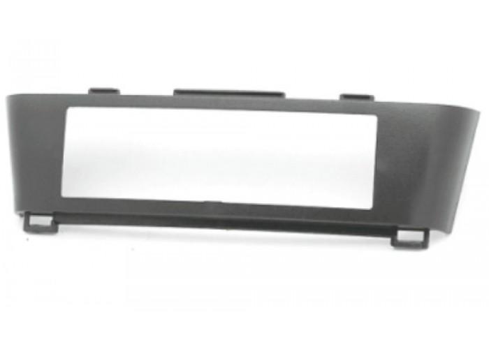 Переходная рамка Incar для Nissan Almera Tino 01-04