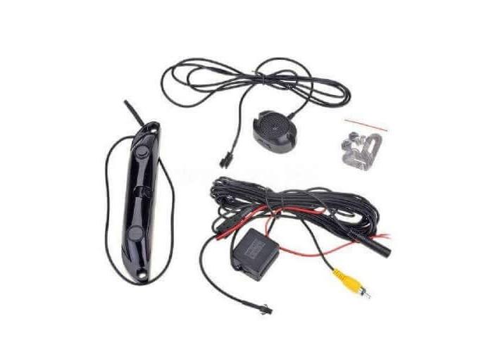 Парковочные датчики с камерой заднего вида