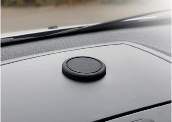 Прорезиненный магнит на торпедо автомобиля Neoline X-COP Magnet